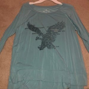 Soft and sexy American Eagle shirt.